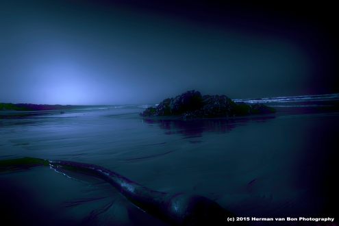 herman-van-bon-_-private-beach-unspoiled