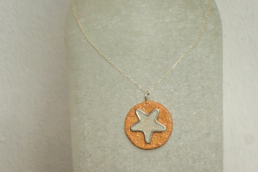 'Bahay Unity Star' including Sterling Silver necklace: R 690.00 (approx. EURO 47.00)