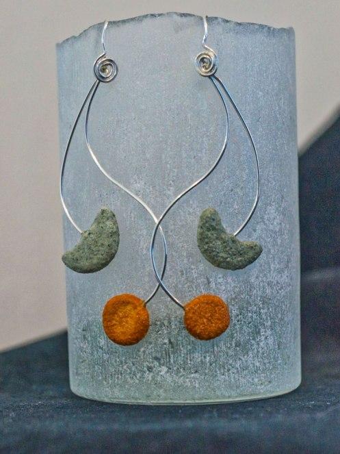 'Fibonacci Meander' earring: R 1050.00 (approx. EURO 70.00)