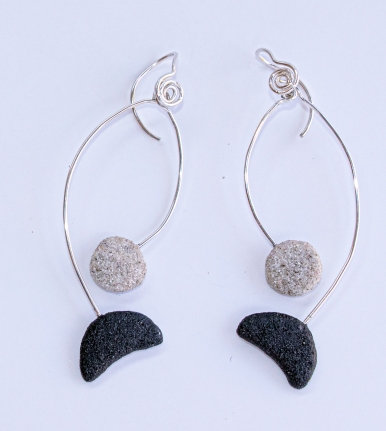Earrings 'Introvert'